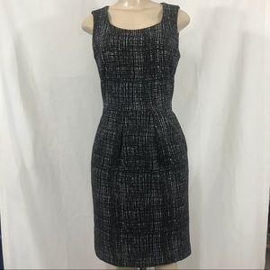 Calvin Klein dress size 4 with pockets